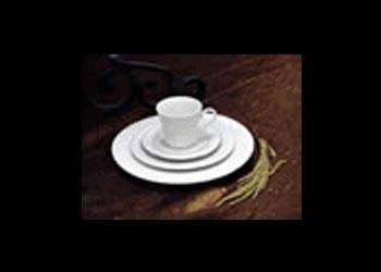 "10"" Dinner Plate - Gold trim $0.60"