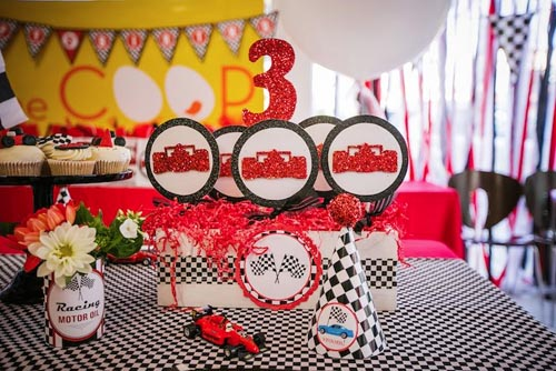 Birthday decorations Party Rack Party Rental in Glendale